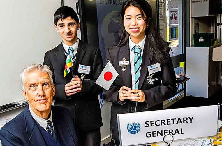AVID students hold model UN conference